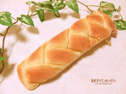 スティックパンのペンケース(あみあみ)