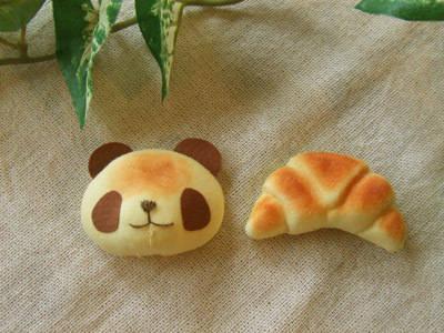 クロワッサン/焼きたてパンダのブローチセット