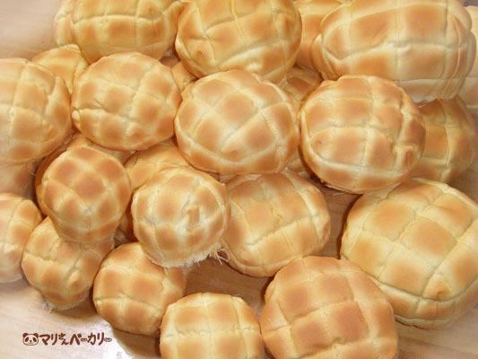 ドールサイズのメロンパン
